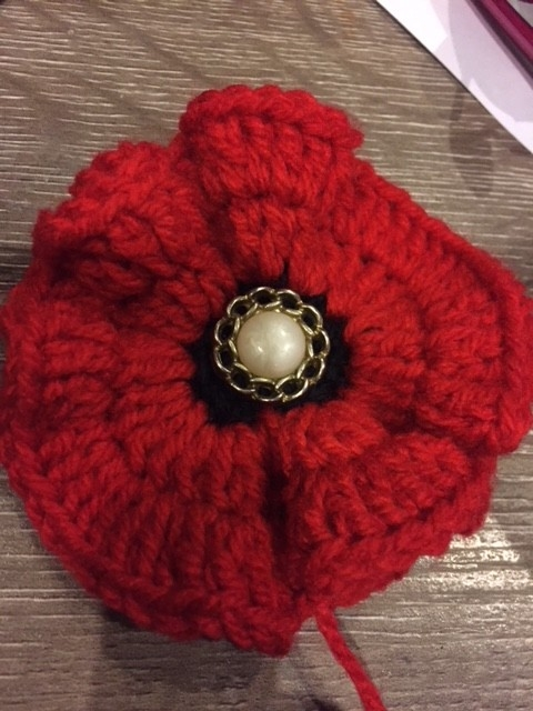 Donate knitted or crocheted poppies for ANZAC Day